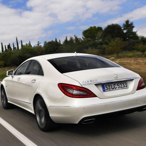 شیشه اتومبیل بنز CLS500 معروف به W18